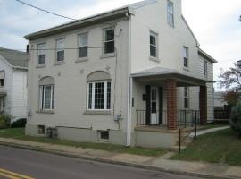 757 Poplar St, Bloomsburg, PA 17815